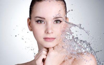 Cinco claves para hidratar la piel y retrasar su envejecimiento